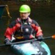 kayak_nut